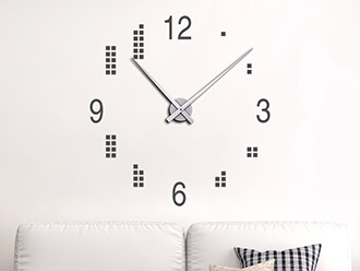 Wandtattoo Uhr mit Quadraten