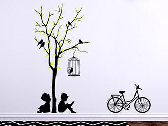 Wandtattoo Baum mit Kindern und Fahrrad