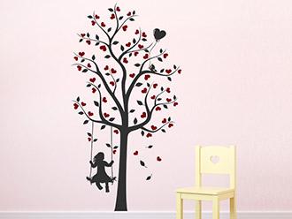 Zweifarbiges Mädchen Wandtattoo Baum Mit Mädchen Und Herzen Auf Farbiger  Wandfläche