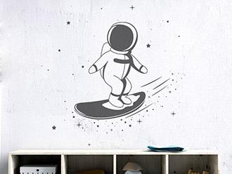 Wandtattoo Kleiner Astronaut Sternensurfer