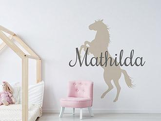 Wandtattoo Name mit Pferd