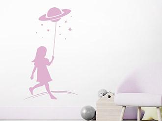 Wandtattoo Mädchen mit Sternen