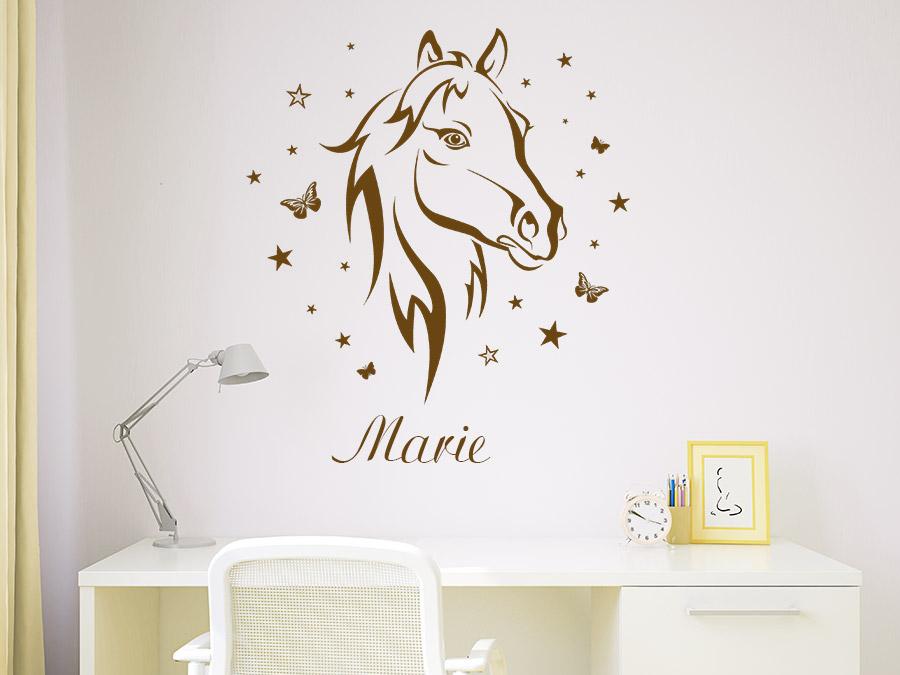 Wandtattoo pferd mit name schmetterlinge sterne wandtattoo de - Wandtattoo pferd kinderzimmer ...