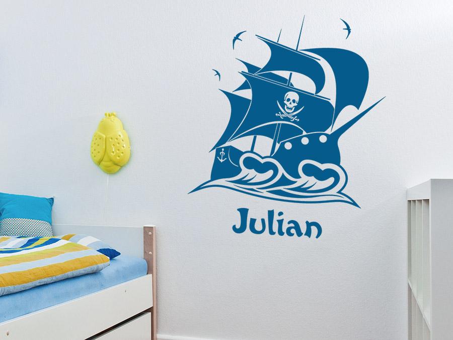 Piratenschiff mit wunschname bei for Wandtattoo piratenschiff