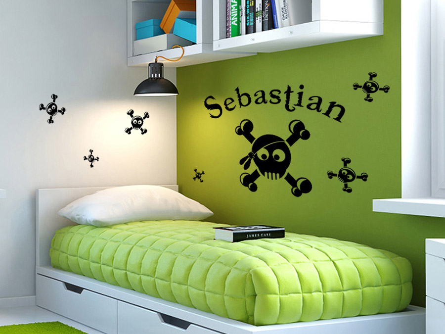 wandtattoo piraten totenk pfe mit wunschname. Black Bedroom Furniture Sets. Home Design Ideas