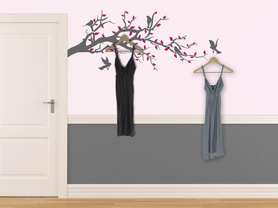 wandtattoo garderobe zweig mit v geln bei. Black Bedroom Furniture Sets. Home Design Ideas