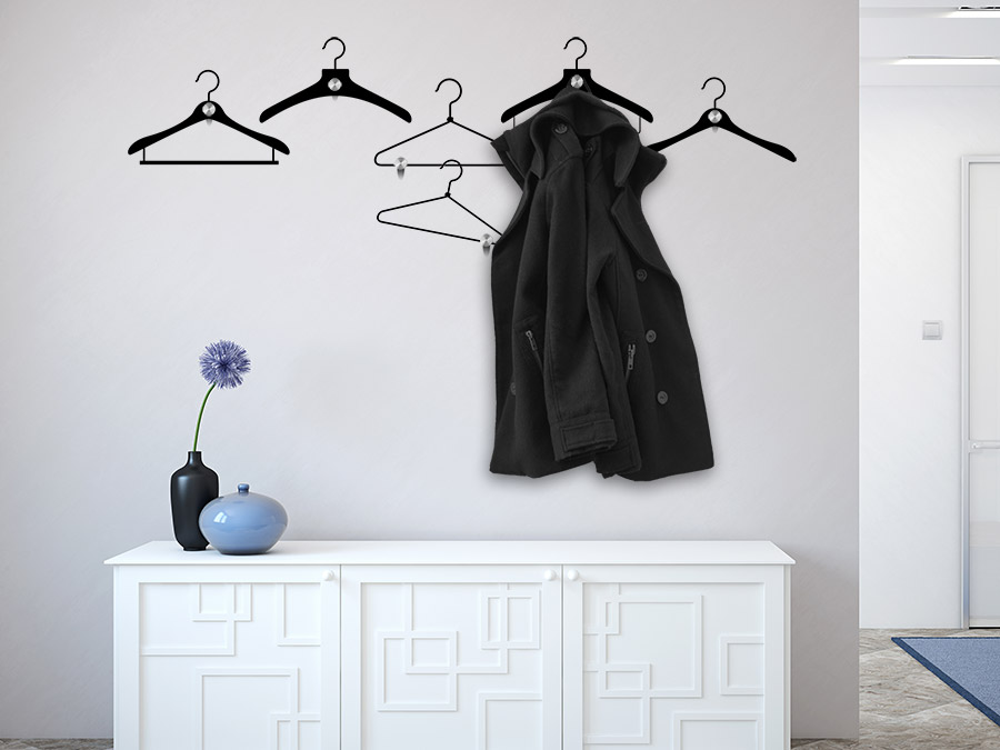 wandtattoo garderobe kleiderb gel mit wandhaken. Black Bedroom Furniture Sets. Home Design Ideas