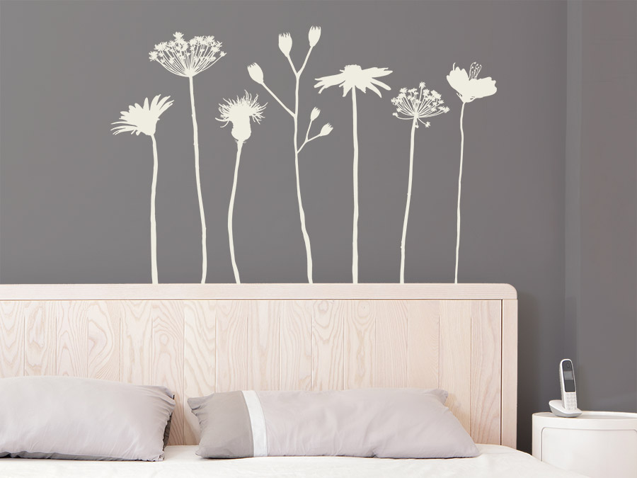 wandtattoo wiesenblumen wandtattoo de. Black Bedroom Furniture Sets. Home Design Ideas