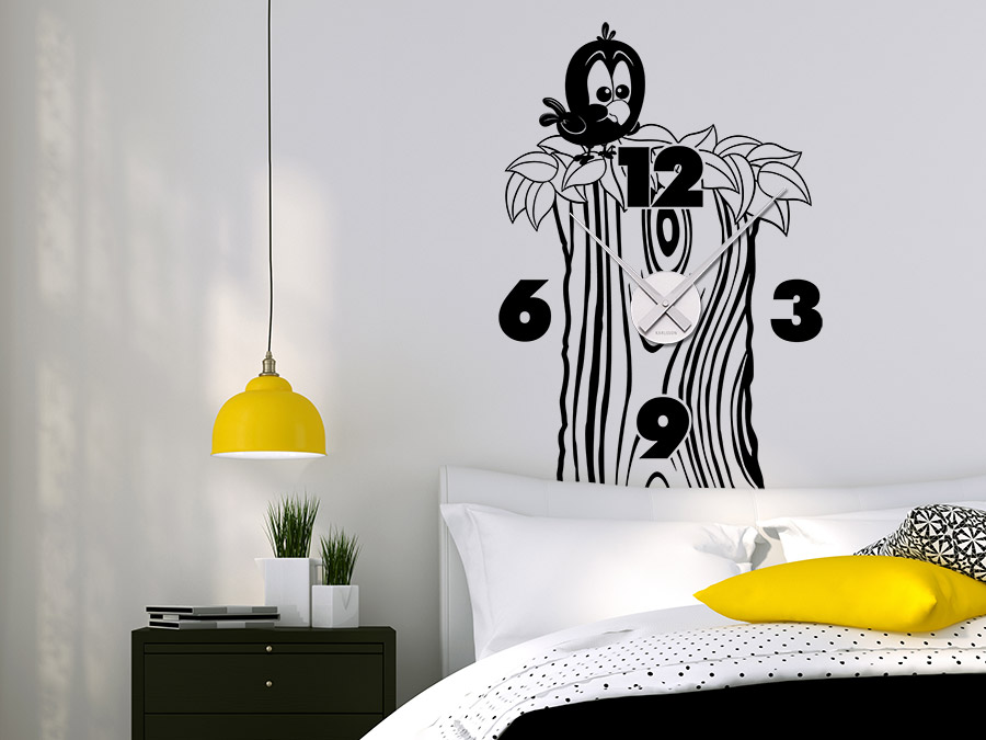 wandtattoo uhr baumstamm mit vogel s e wanduhr wandtattoo de. Black Bedroom Furniture Sets. Home Design Ideas