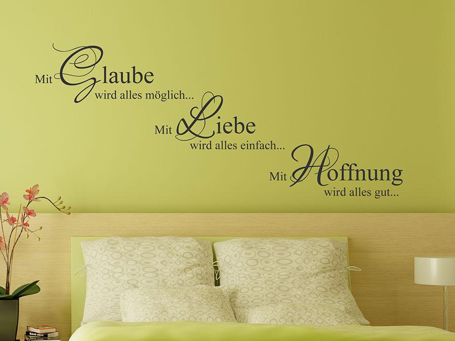 ... positive Atmosphäre ist mit dem Wandtattoo Mit Liebe garantiert