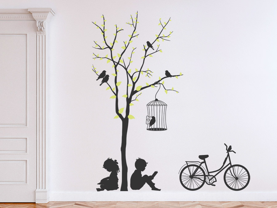 wandtattoo baum mit kindern und fahrrad wandtattoo de. Black Bedroom Furniture Sets. Home Design Ideas