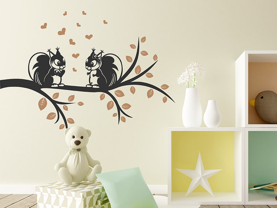 wandtattoo eichh rnchen auf dem ast wandtattoo de. Black Bedroom Furniture Sets. Home Design Ideas