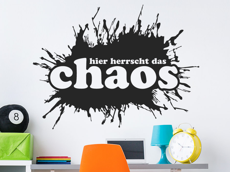 wandtattoo hier herrscht das chaos wandtattoo de. Black Bedroom Furniture Sets. Home Design Ideas