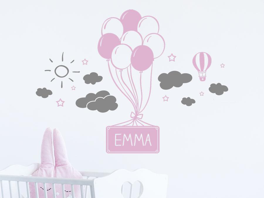 Wandtattoo Luftballons mit Wolken und Name   WANDTATTOO.DE