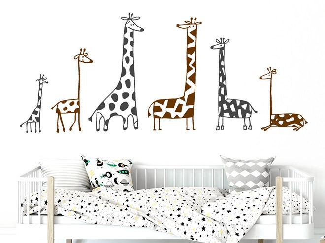 wandtattoo zweifarbiges set lustige giraffen wandtattoo de. Black Bedroom Furniture Sets. Home Design Ideas