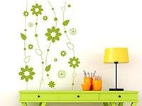 Wandtattoo Flowers in lindgrün im Wohnzimmer