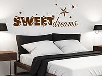 Sterne Wandtattoo Sweet Dreams auf heller Wandfläche