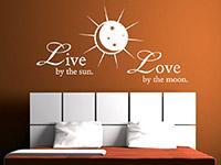 Wandtattoo Live by the sun... im Schlafzimmer