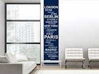 Weltstädte Wandbanner in blau auf heller Wand