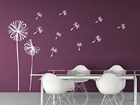 Moderne Wandtattoo Pusteblume in weiss im Essbereich