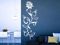 Wandtattoo Blütenranke im Wohnzimmer