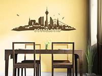 Düsseldorf Wandtattoo Skyline im Esszimmer