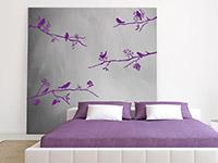 Wandtattoo Set Äste mit Vögeln in violett im Schlafzimmer