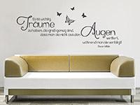 Oscar Wilde Wandtattoo Zitat Es ist wichtig Träume... im Wohnzimmer über der Couch