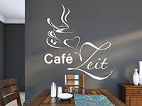 Café Zeit Wandtattoo mit Tasse und Herz in der Wohnküche