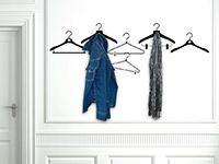 Wandtattoo Garderobe Kleiderbügel im Flur