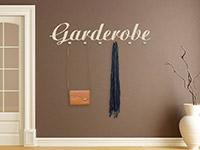 Wandtattoo Garderobe Schriftzug im Flur in beige