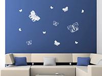 Verspielte Schmetterlinge Set Wandtattoo im Wohnzimmer