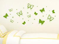 Wandtattoo Schmetterlinge mit Sternen im Kinderzimmer