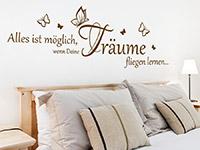 Wandtattoo Träume fliegen Spruch im Schlafzimmer über dem Bett