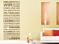 Wandtattoo Familienregeln Spruch im Wohnzimmer