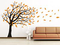 Wandtattoo Baum im Wind im Wohnzimmer