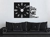 Wandtattoo Uhr Nie im Wohnzimmer