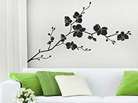 Wandtattoo Wilde Orchidee im Wohnzimmer