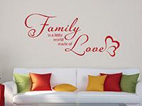 Wandtattoo Family im Wohnzimmer in rot