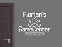 Tür Wandtattoo GameCenter mit Wunschname in rot