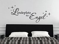 Wandtattoo Spruch Landeplatz für Engel über dem Bett im Schlafzimmer