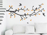 Wandtattoo Dekorativer Zweig in zwei Farben im Wohnzimmer