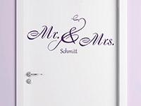 Hochzeits Wandtattoo Mr. und Mrs. auf einer Tür