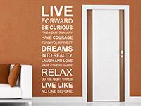 Motivierendes Wandtattoo Live forward in weiß