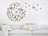Wandtattoo Uhr Schmetterlinge im Wohnzimmer