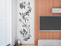 Wandtattoo Dekorative Blumenranke im Wohnzimmer