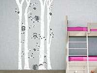 Eulen Wandtattoo Birkenwald mit Waldbewohnern in weiß und grau