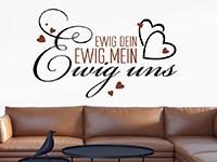 Zweifarbiges Wandtattoo Ewig dein mit Herzen über der Couch