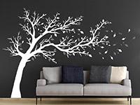 Wandtattoo Großer Baum zweifarbig im Wohnzimmer