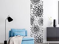 Banner Moderne Blüten in schwarz auf heller Wand